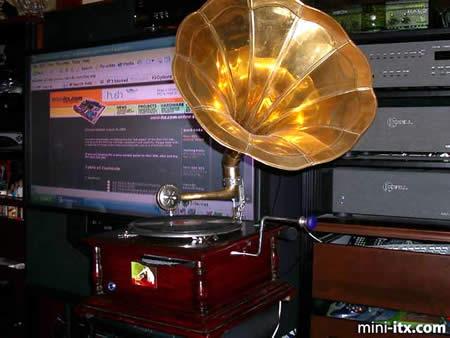 Gramaphone PC by Tony Greenberg